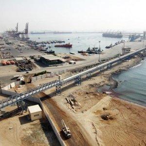 Iran Boosts Oil Trade Via UAE