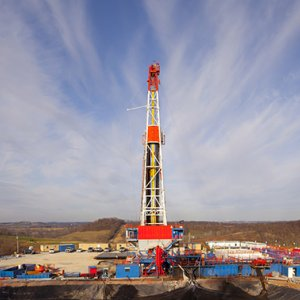 Shale Means US More Self-Reliant on Oil