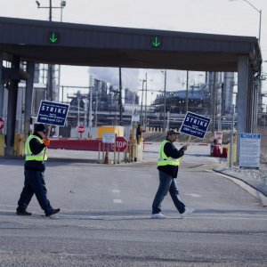 US Oil Workers' Strike Expands to BP Plants