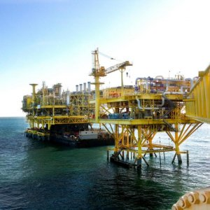 Oil Export More  Profitable Than Gas