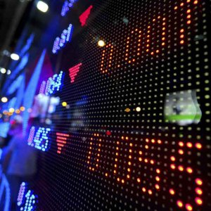 Stock Markets End Sunday Trade Flat