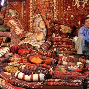 Hustle & Bustle at 'Jom'e Bazaar'