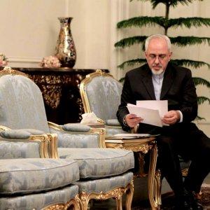 Zarif to Attend Vienna Talks on Syria