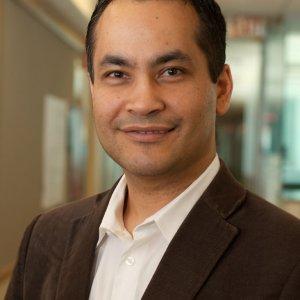 Iranian Scientist Wins Singapore Award