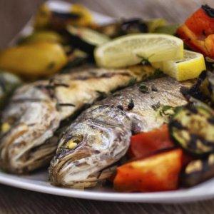 Mediterranean Diet Keeps People 'Genetically Young'