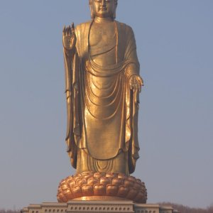 10 Tallest Statues of the World