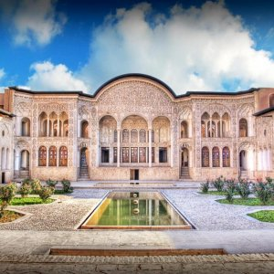 Introvert and Extrovert Houses From Ancient Persia