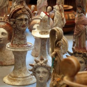 Italian Police Seize Private Museum of Stolen Artifacts