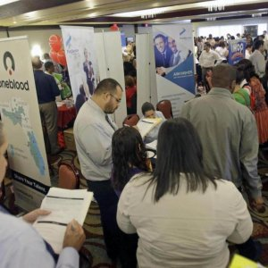 Americans Critical of  US Data on Unemployment