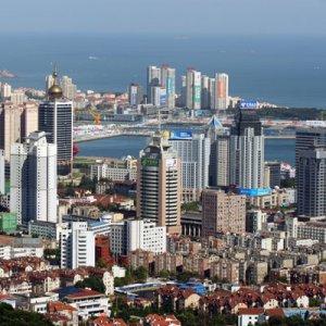 China Financiers Tap Overseas Funds