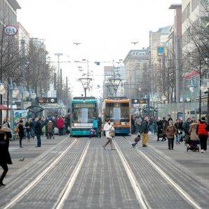 German Economy Builds Momentum