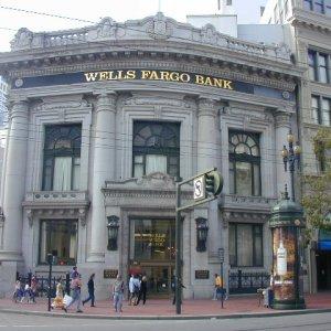 Global Banks Return to Profit, Europe Far Behind