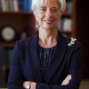 IMF Warns Greece