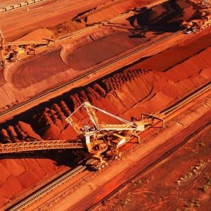 Iron Ore Price Drops to 5-Year Low