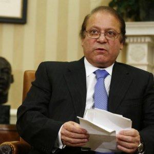 Pakistan Turns to China for Economic Resurgence