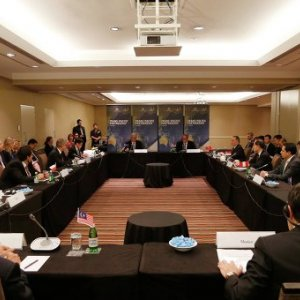 Trans-Pacific Trade Deal Gains Momentum