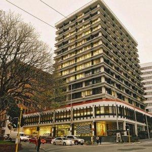 Biggest Currency Sale in NZ Weakens Kiwi