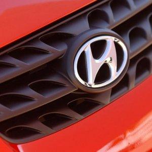 Hyundai Eyes Anzali Port