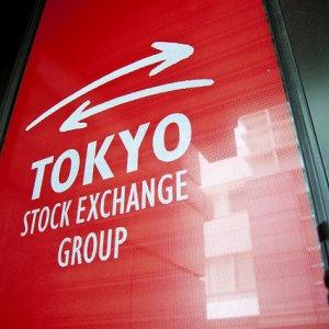Asian Shares Mixed, European Stocks Up