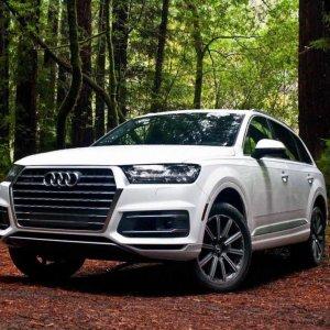 Audi Focuses on Battery to Make Q7 e-Tron
