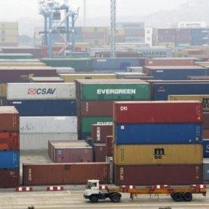 China Aims to Finish Asian Free-Trade Talks by Dec.