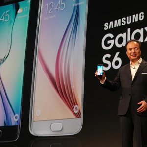 Samsung Galaxy S6 Edge Shortages Expected