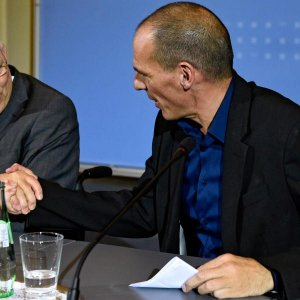 Ministers Clash as  ECB Hits Greece Banks