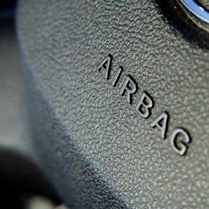 BMW, GM Expand Airbag Recall