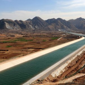 Giant Chinese water diversion starts to flow