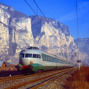Hitachi to Buy Italian Railways Firms
