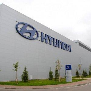 Hyundai to  Go Alone