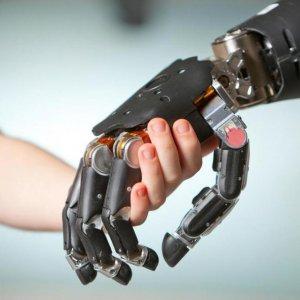Iranians Develop Prosthetic Hand
