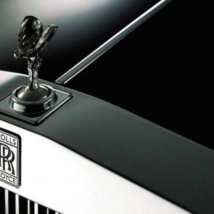 Rolls-Royce Targets Young Buyers