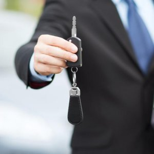 Automakers Find No Refuge in Ministry