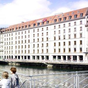 HSBC Geneva Office Raided
