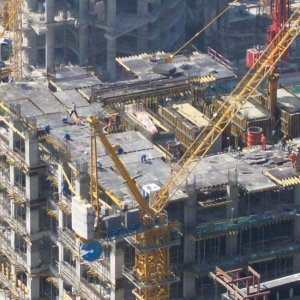Qatar Infrastructure Contracts to Reach $30b