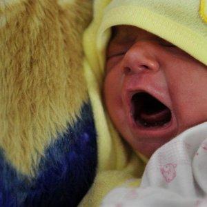 First Frozen Ovarian Tissue Transplant Baby Born