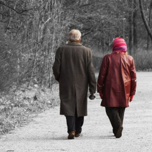 Couples' Life Linked Even After Spousal Death