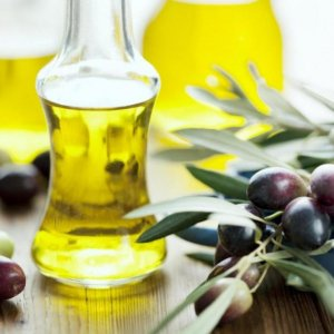 Olive, Honey Good for Cancer Patients