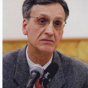 UNESCO Chief Condoles Loss of Iranologist