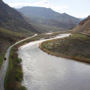 Armenian Sewage Polluting  Aras River