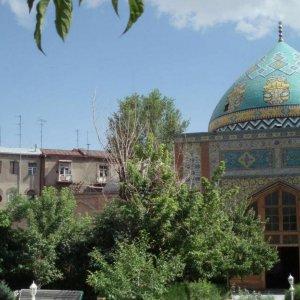 Armenia Censures Baku, Commends Tehran