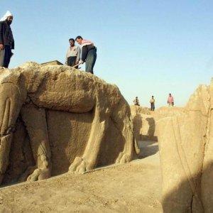 Brits to Help Iraq Restore Damaged Sites