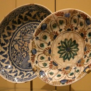 "Isfahan, Tabriz Vying for ""World Crafts City"" Title"