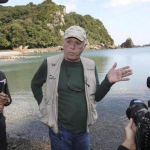 Japan Detains Star of Dolphin Exposé