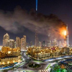 Dubai Skyscraper Burns