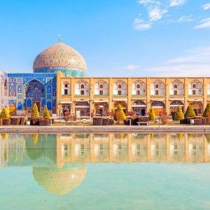 Isfahan Mayor Fastens Development to Heritage
