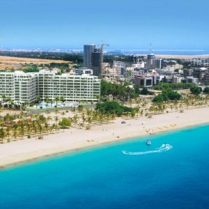 Private Firms Join Kish Tourism Projects