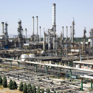 Debacle Over Tehran Refinery Soil Pollution Reemerges