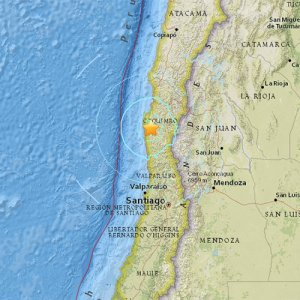 Quake Rocks Central Chile